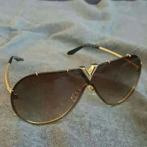 Louis Vuitton Drive Sunglasses